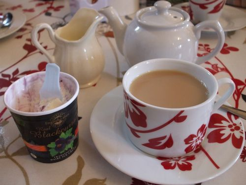 Tea & ice cream